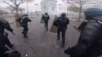 paris protests reveal fracture between france's haves and have-nots