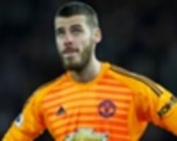 'If only Man Utd had a decent keeper!' - De Gea slated after howler against Arsenal