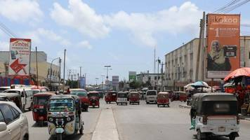 US reopens diplomatic mission in Somalia after 28-year closure#source%3Dgooglier%2Ecom#https%3A%2F%2Fgooglier%2Ecom%2Fpage%2F%2F10000