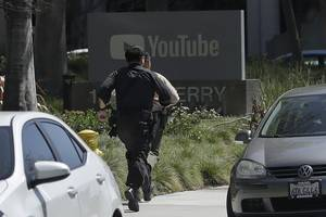google denies claims that it didn't alert part-time workers about the active shooter at youtube — but at least one temp says it's a 'big fat lie' (googl, goog)
