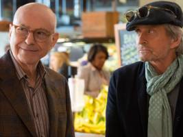 Netflix's 'The Kominsky Method' has flown under-the-radar, but just snagged 3 Golden Globe nominations