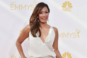 carrie ann inaba to replace julie chen moonves as full-time co-host of cbs' 'the talk'