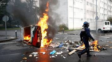 france protests: government fears 'major violence' in coming days