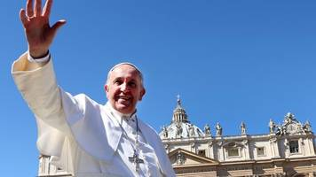 pope francis to make historic visit to abu dhabi in 2019
