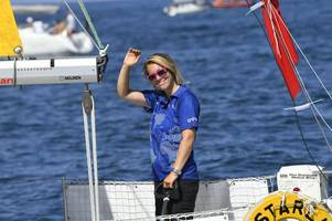 Who is round-the-world Golden Globe Race sailor being rescued in Pacific Susie Goodall?