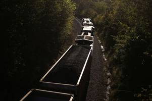 As US coal use drops to 1979 levels, EPA may ease rules on new coal plants