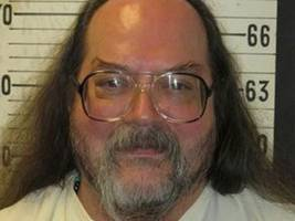 Death row inmate chooses electric chair over lethal injection