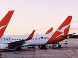 qantas under fire for asking staff to volunteer over christmas