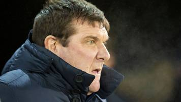 st johnstone manager tommy wright agrees contract extension