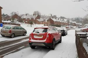 expert explains if driving during a weather warning invalidates your driving insurance