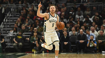 report: milwaukee bucks trade matthew dellavedova to cavaliers for george hill