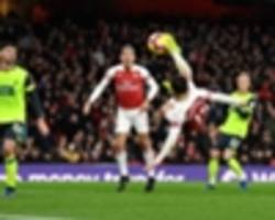 arsenal 1 huddersfield town 0: gunners up to third thanks to torreira's overhead kick