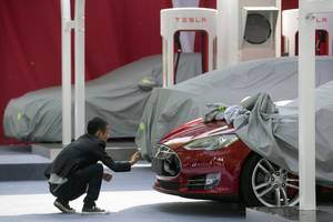 tesla has big plans for a factory in china — but its lofty ambitions could lead the company to make an old mistake (tsla)