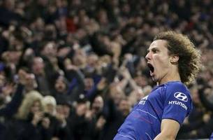 Man City's unbeaten start to title defense ends at Chelsea