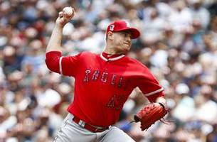 san diego padres sign garrett richards to two-year contract