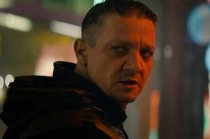 avengers: endgame trailer - hawkeye's new identity revealed and five other points