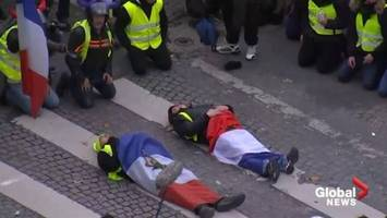 French police fire tear gas into crowds of yellow-vested protesters, over 500 arrested