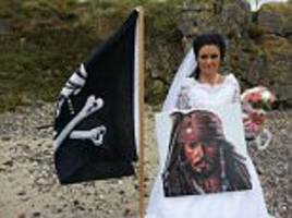irish woman who 'married' the ghost of an 18th century pirate says they have split