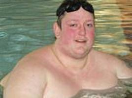 obese father, 35, who tried to lose 20 stone on tv convicted of benefit fraud