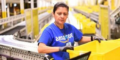 here's how much ceos at amazon, mcdonald's, and 13 other lucrative brands earn compared to the typical worker