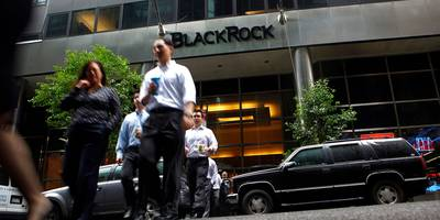 100 blackrock investing pros got together to formulate a game plan for 2019 — and we got an exclusive look at their 3 big themes for the year
