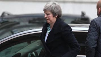 Brexit: Theresa May understood to be delaying key vote