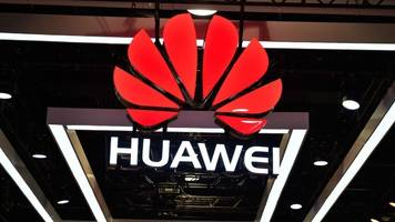 Huawei Executive's Bail Hearing Resumes In Canada