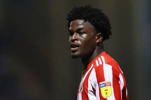leicester city join tottenham hotspur, manchester city, middlesbrough and bristol city in race for sunderland star