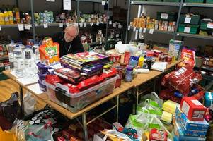 foodbank receives surprise donation from travelling community to help families this christmas