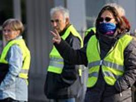 egypt bans the sale of yellow vests amid fears they will be used to copy french rioters