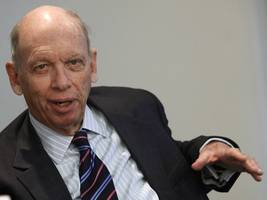 investing legend byron wien breaks down his biggest concerns in markets right now — and explains why it will be tough to climb out of the next recession
