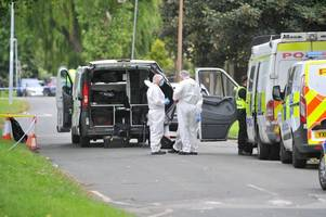 murder accused admits lying to police about mysterious russians involved in killing mum's partner - hull trial