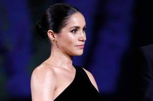 meghan markle breaks royal protocol while presenting british fashion award to brummie clare waight keller