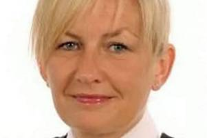 Police officer who shared racist Facebook posts appeals decision to sack her