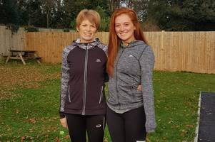 santa dash organised by broxbourne fitness instructor set to see almost 250 father christmas' run 5k for isabel hospice