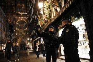 calls for end to gilets jaunes protests in wake of strasbourg shooting