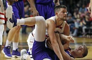 No. 11 Texas Tech routs Northwestern State 79-44