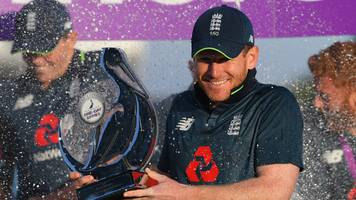 england would have to 'screw-up' to not win world cup, says james anderson