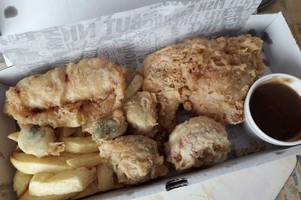 the lincolnshire chip shop offering a battered christmas dinner