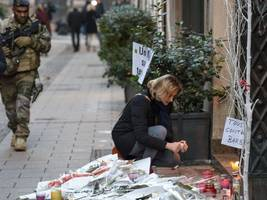 Christmas market terror attacker wanted dead or alive
