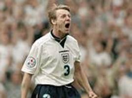 stuart pearce is going to visit north korea to educate himself about the divide with south korea