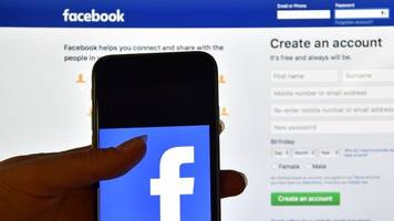 facebook bug gave app developers access to some users' photos