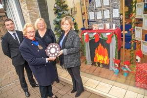 The best Christmas shop windows in Tiverton are revealed!