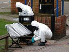 officers who were first to reach sergei skripal and daughter say something 'didn't feel right'