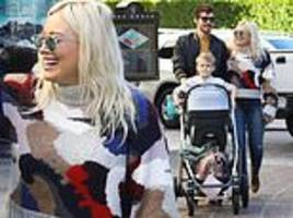hilary duff enjoys family day out with boyfriend matthew koma and children