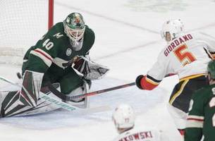 Tkachuk's goal in 3rd gives Flames 2-1 win over Wild