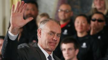 secretary of the interior ryan zinke submits his resignation