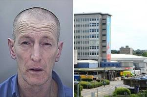'vulnerable' man with a head injury is missing from hospital