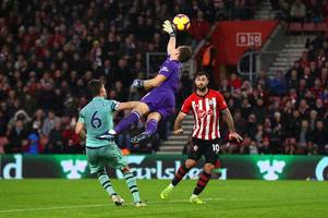 the one thing arsenal keeper bernd leno did that angered roy keane and it wasn't the third goal