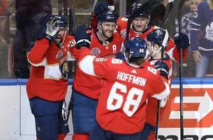 aleksander barkov's overtime hat trick powers panthers past maple leafs 4-3